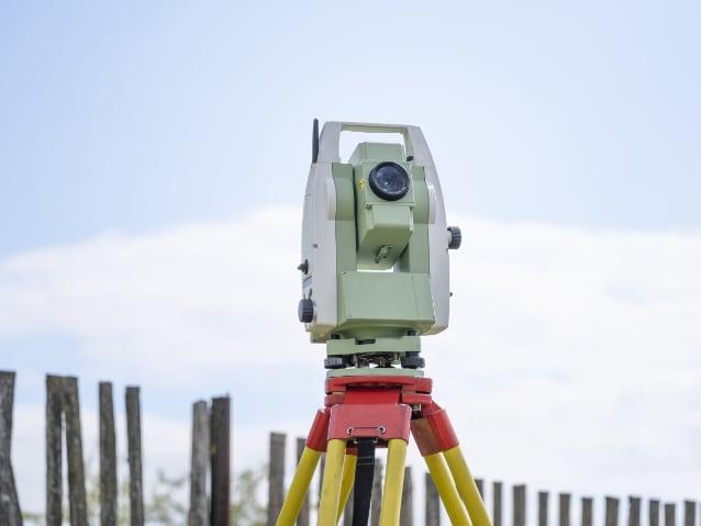 surveying total station